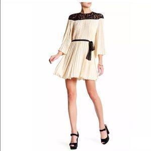 New with tags! Ivory & Black Rachel Zoe Dress